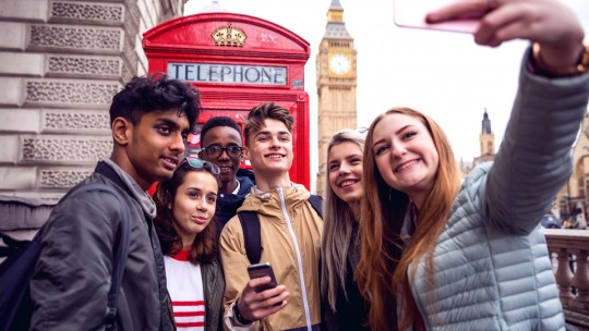 Part time jobs in uk for international students